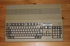 Amiga 500 (top)