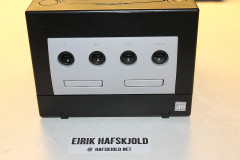 Nintendo Gamecube (console front)