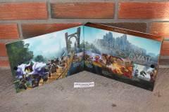 World of Warcraft Battle Chest (inside box)