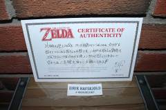 The Legend of Zeld Box Set (certificate of authenticity)
